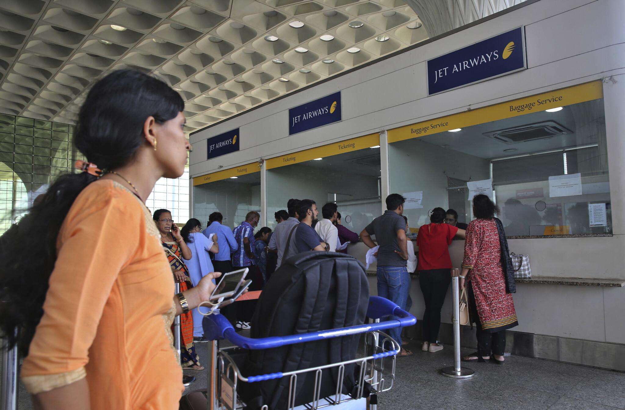India Suspends Visas